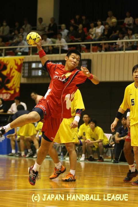 No.14 Takeshi Muto